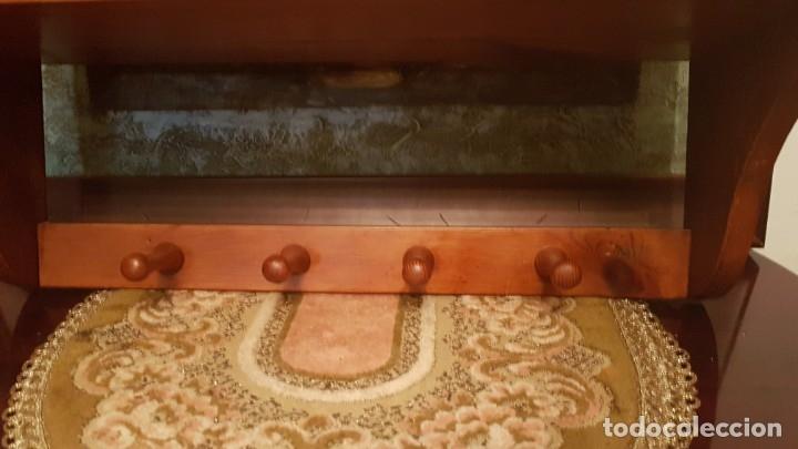 Antigüedades: MUEBLE PLATERO DE COLGAR . - Foto 8 - 176096369
