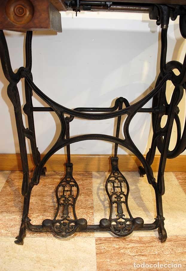 máquina de coser antigua pies de hierro fundido - Comprar