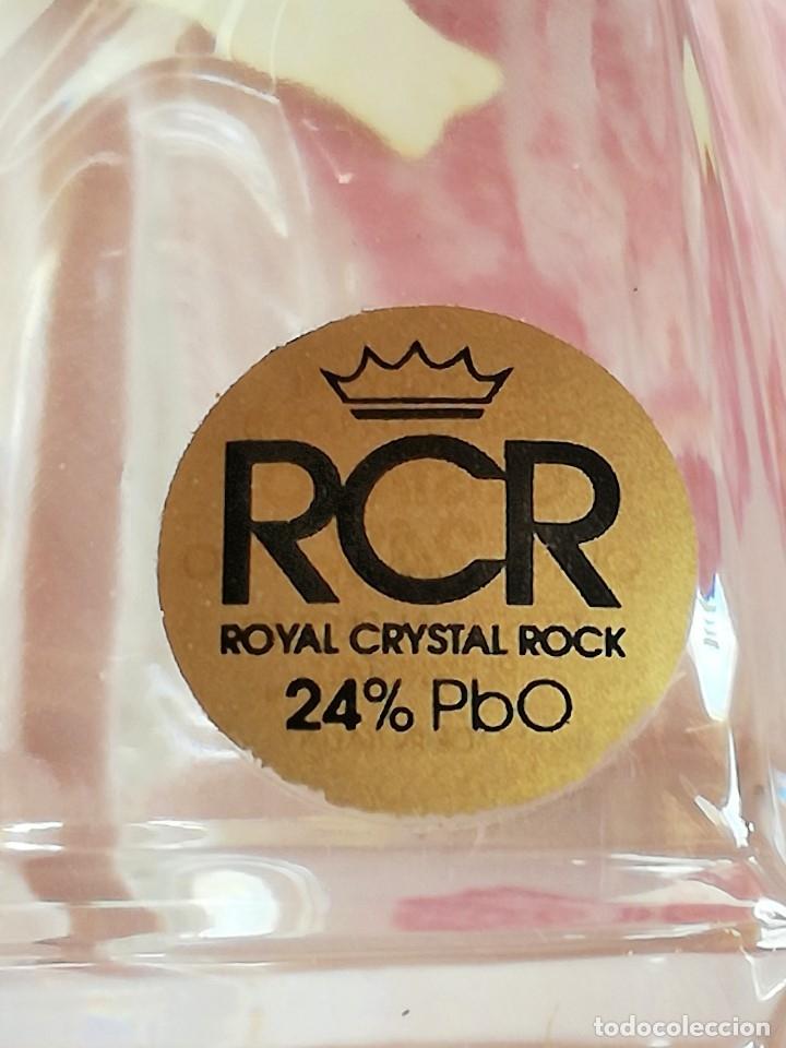 Antigüedades: BOTELLA PERFUMERO DE RCR ROYAL CRISTAL ROCA CON PLATA de LEY. CRISTAL A PLOMO - Foto 2 - 176185538