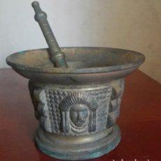 Antigüedades: ALMIREZ O MORTERO ESTILO IMPERIO MOTIVOS AZTECAS COSTILLAS LATÓN. Lote 97382888