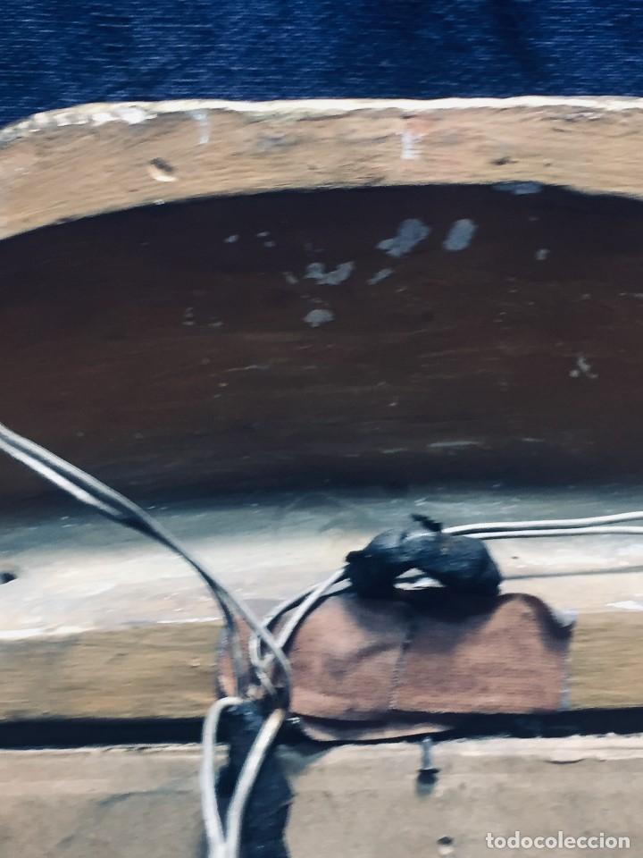 Antigüedades: HORNACINA MURAL ESCAYOLA DORADA IMAGEN VIRGEN PERPETUO SOCORRO FAROLILLOS HOJALATA - Foto 22 - 176197125