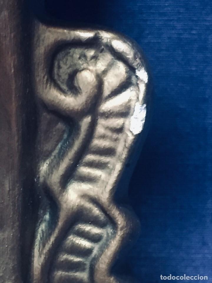 Antigüedades: HORNACINA MURAL ESCAYOLA DORADA IMAGEN VIRGEN PERPETUO SOCORRO FAROLILLOS HOJALATA - Foto 26 - 176197125