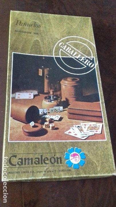 ANIGUA CAJA DE PAÑUELOS DE CABALLERO, DE ALGODON 100%. (Antigüedades - Moda y Complementos - Hombre)