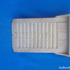 Antigüedades: TABLA DE LAVAR ANTIGUA. Lote 176225704