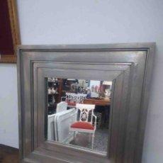 Antigüedades: ESPEJO CUADRADO MARCO GRIS. Lote 176250448