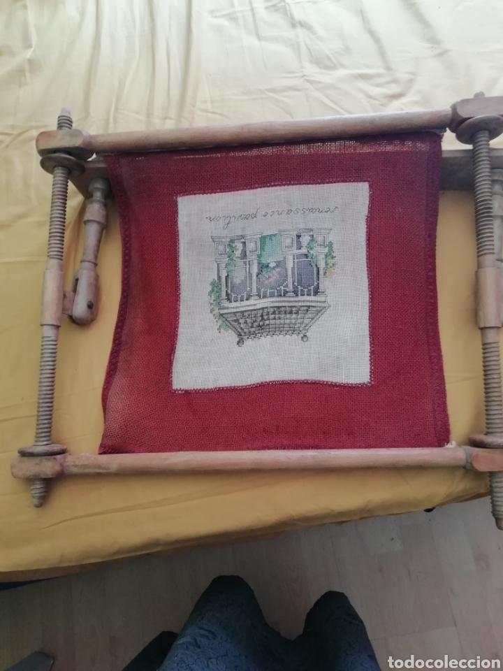Antigüedades: Bordado punto de cruz en bastidor - Foto 6 - 176259818