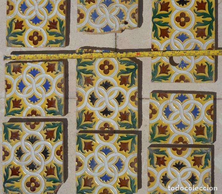 Antigüedades: LOTE DE RESTOS DE AZULEJOS DE TRIANA CERÁMICA MENSAQUE , RODRIGUEZ Y CÍA. SIGLO XIX - Foto 4 - 176267988