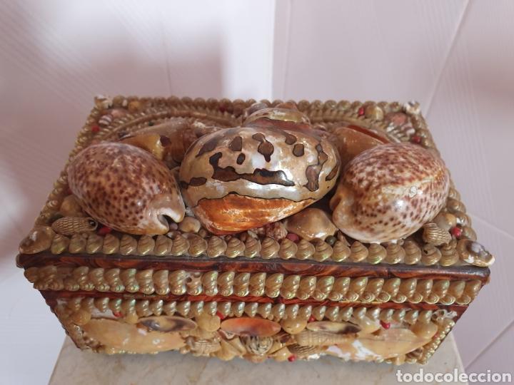 Antigüedades: EXQUISITA Y ANTIGUA CAJA JOYERO DECORADA CON CONCHAS - Foto 7 - 176275828