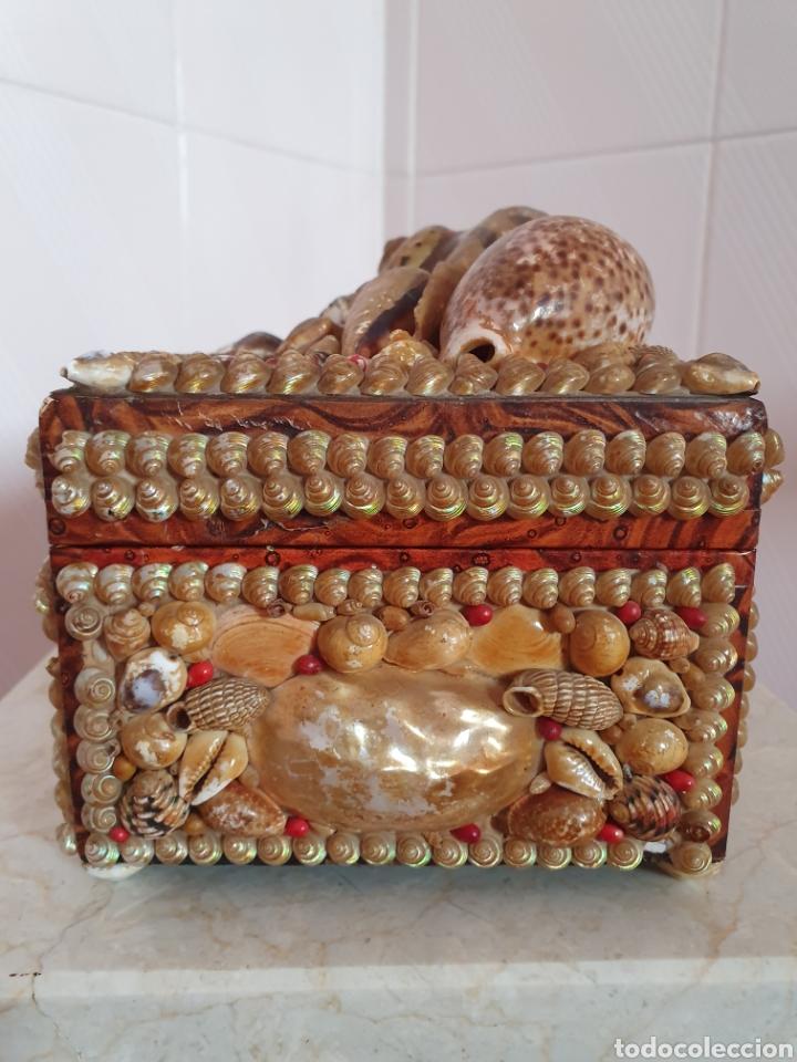 Antigüedades: EXQUISITA Y ANTIGUA CAJA JOYERO DECORADA CON CONCHAS - Foto 8 - 176275828
