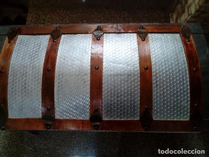 Antigüedades: ANTIGUO BAUL GRANDE RESTAURADO - Foto 2 - 119918031
