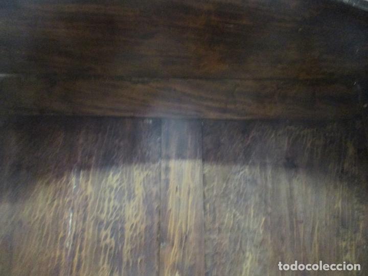 Antigüedades: Antiguo Armario Barroco Catalán - Carlos III - Madera de Nogal - Tiradores de Bronce - S. XVIII - Foto 27 - 176313244