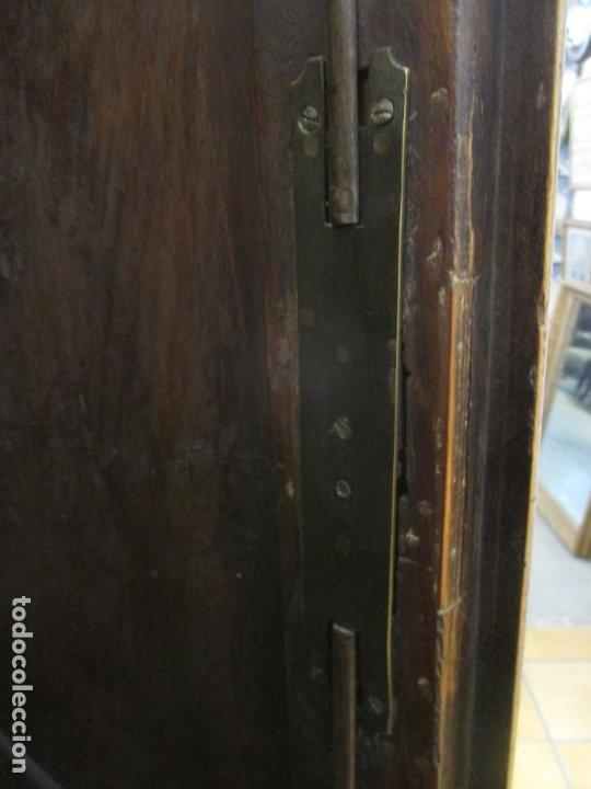Antigüedades: Antiguo Armario Barroco Catalán - Carlos III - Madera de Nogal - Tiradores de Bronce - S. XVIII - Foto 31 - 176313244