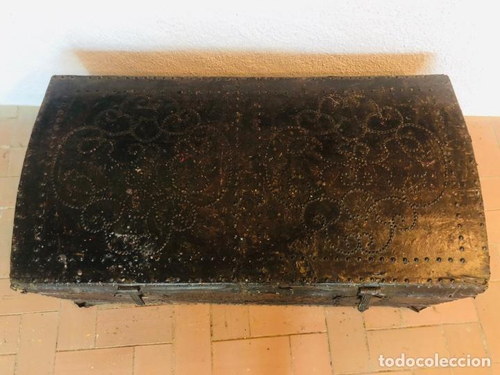 Antigüedades: Baúl forrado en cuero - Foto 4 - 176313712