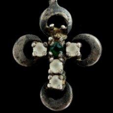 Antigüedades: CRUZ RELIGIOSA DE PLATA, SIGLOS XVI-XVII, 19X15 MM.. Lote 157143094