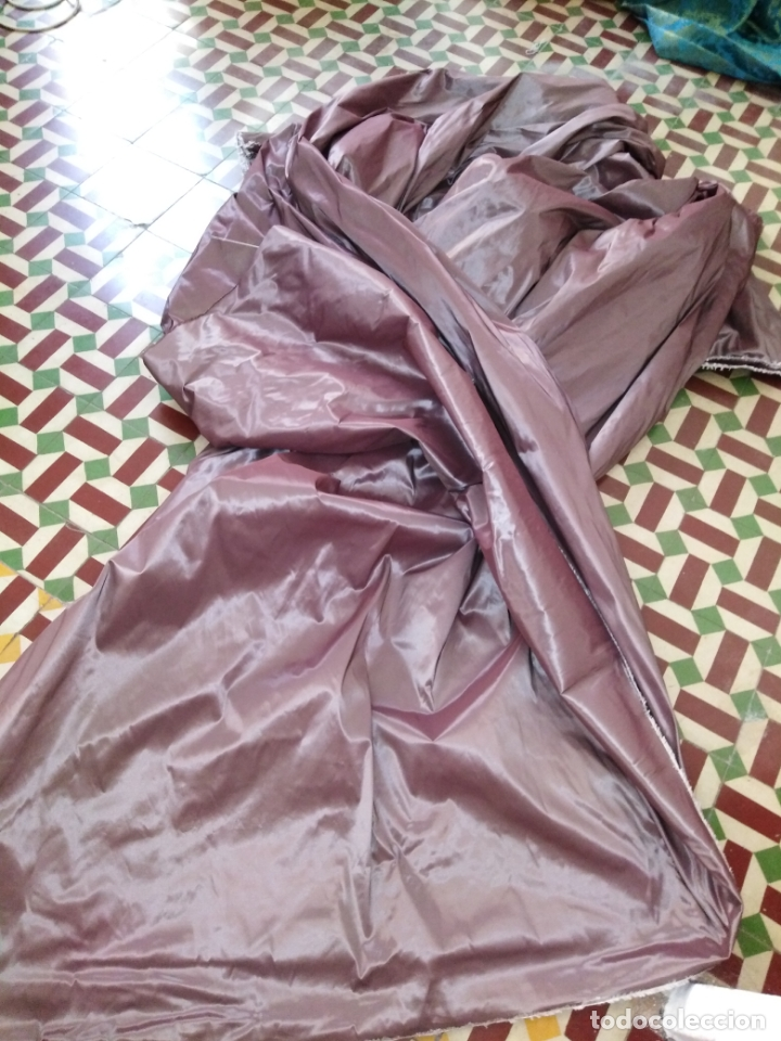 Antigüedades: 3 metros x 2,5 metros tela malva tornasol tipo tafetan ideal manto virgen tunica cristo semana santa - Foto 4 - 176318884