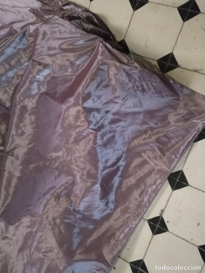 Antigüedades: 3 metros x 2,5 metros tela malva tornasol tipo tafetan ideal manto virgen tunica cristo semana santa - Foto 12 - 176318884