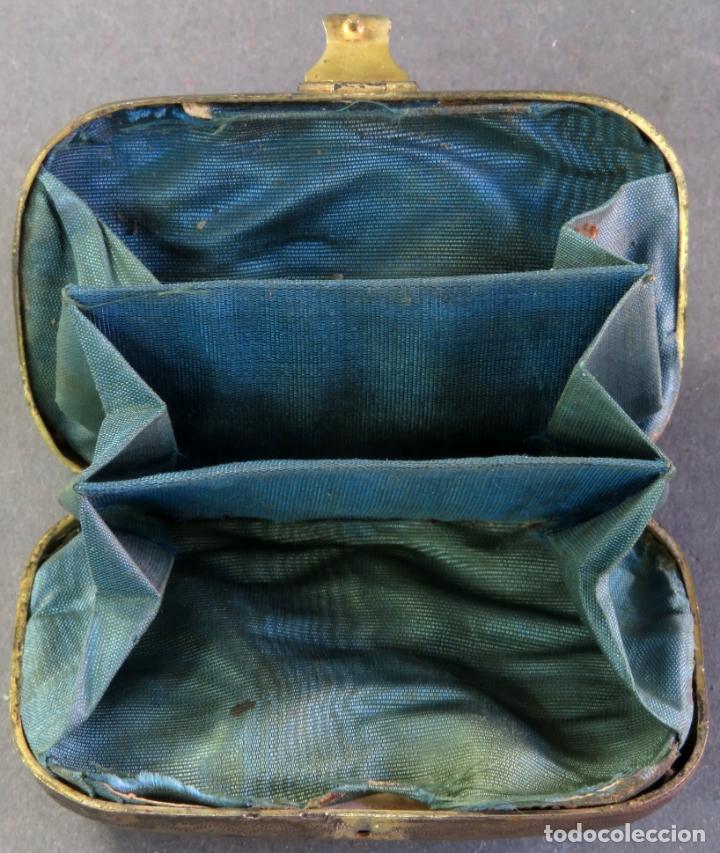 Antigüedades: Monedero en plata y esmaltes con interior forrado en tela hacia 1900 - Foto 3 - 176336759
