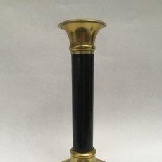 Antigüedades: CANDELERO DE BRONCE Y ÉBANO. Lote 176344223