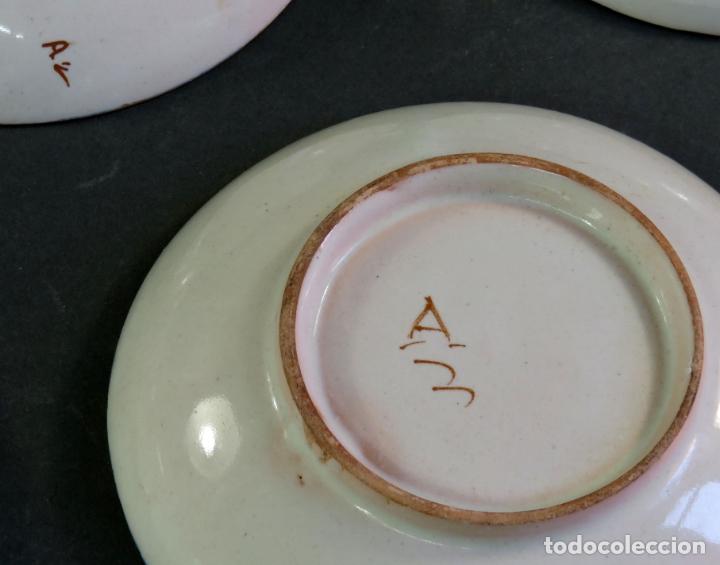 Antigüedades: Ocho platos de postre en cerámica de Alcora serie del ramito siglo XIX - Foto 6 - 176346550