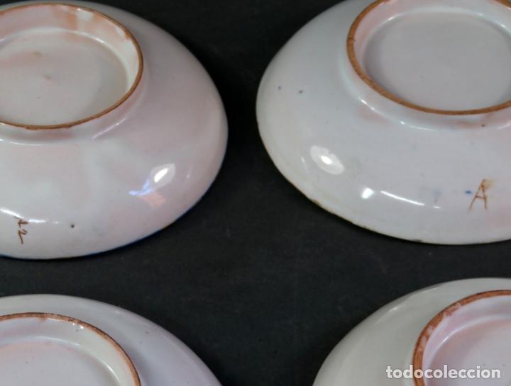 Antigüedades: Ocho platos de postre en cerámica de Alcora serie del ramito siglo XIX - Foto 8 - 176346550