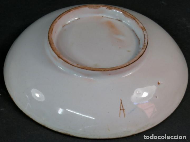 Antigüedades: Ocho platos de postre en cerámica de Alcora serie del ramito siglo XIX - Foto 9 - 176346550