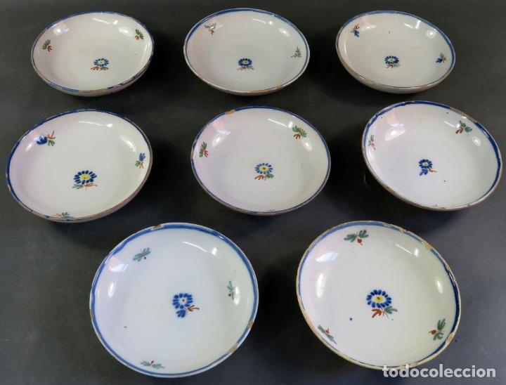 OCHO PLATOS DE POSTRE EN CERÁMICA DE ALCORA SERIE DEL RAMITO SIGLO XIX (Antigüedades - Porcelanas y Cerámicas - Alcora)