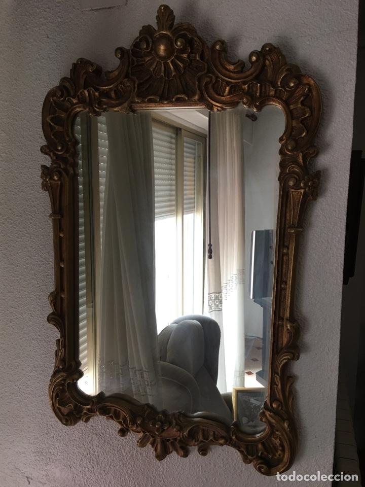 Antigüedades: Antiguo espejo de madera con pan de oro. Espejo antiguo años 70´s - Foto 7 - 176425862