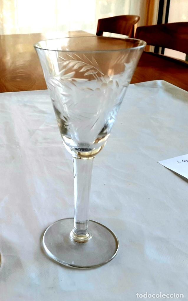 Antigüedades: R 1912 2 copas de cristal sopladio y tallado a mano - principios siglo XIX - Foto 3 - 176454177