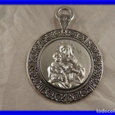Antigüedades: MEDALLON DE CUNA DE PLATA 925 DE LA VIRGEN CON EL NIÑO -A ESTRENAR-. Lote 176494472