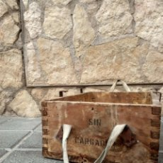 Antigüedades: CAJA DE MADERA, RÚSTICA, POLVORA, INDUSTRIAL. Lote 176495522