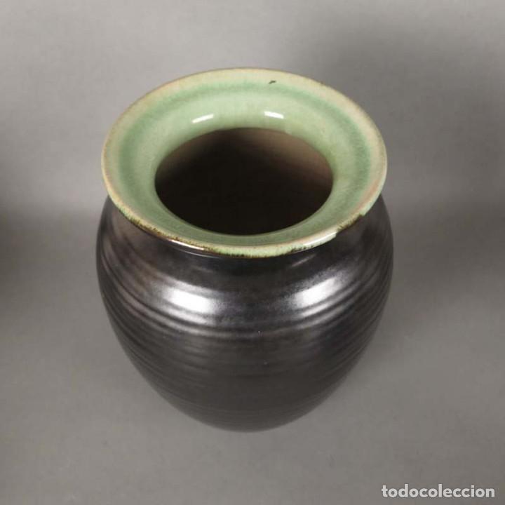 Antigüedades: Florero de ceramica de la Majolika Karlsruhe de Martha Katzer. 1939 - Foto 3 - 176511168