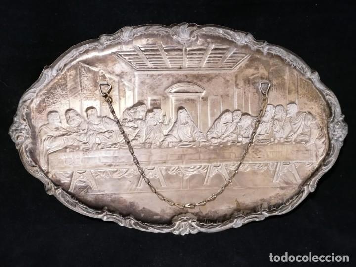 Antigüedades: Antigua bandeja cincelada baño plata de escena la Ultima Cena - Foto 9 - 176531705