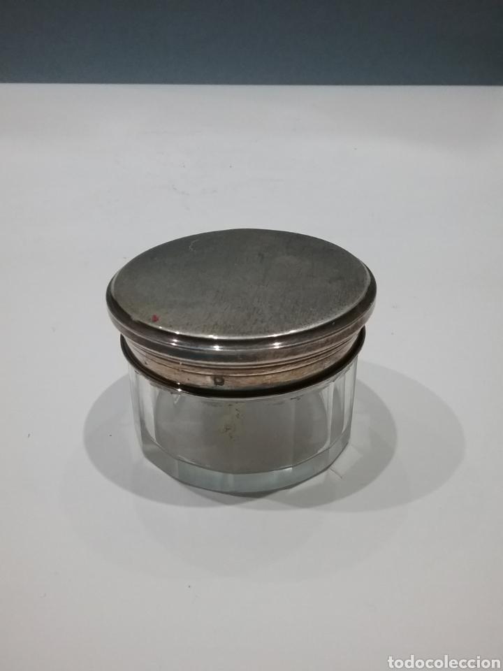 Antigüedades: Caja joyero en cristal con tapa en plata de ley. - Foto 2 - 176534033