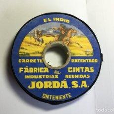 Antigüedades: CARRETE DE CINTA COLOR NEGRO EL INDIO - INDUSTRIAL REUNIDA JORDA . Lote 176574613