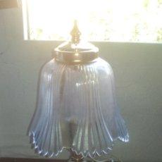 Antigüedades: ANTIGUA LAMPARA DE MESITA - CERAMICA DE MANISES. Lote 176585327