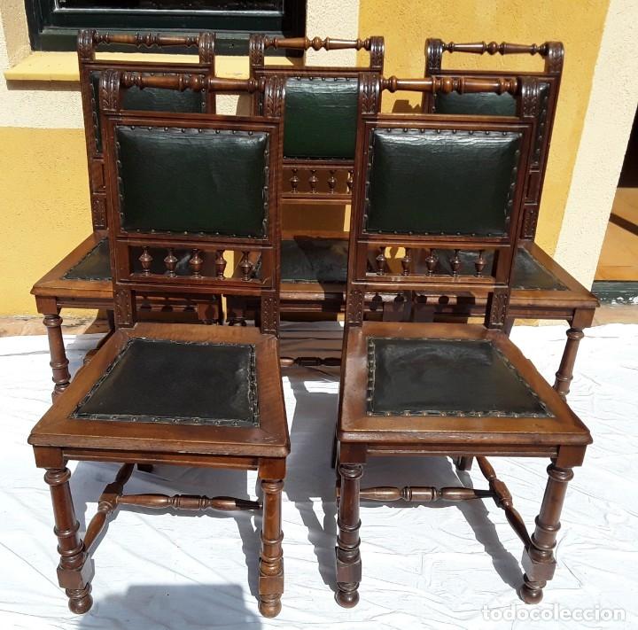 5 SILLAS ALFONSINAS NOGAL Y CUERO. AÑOS 20 O 30 (Antigüedades - Muebles Antiguos - Sillas Antiguas)