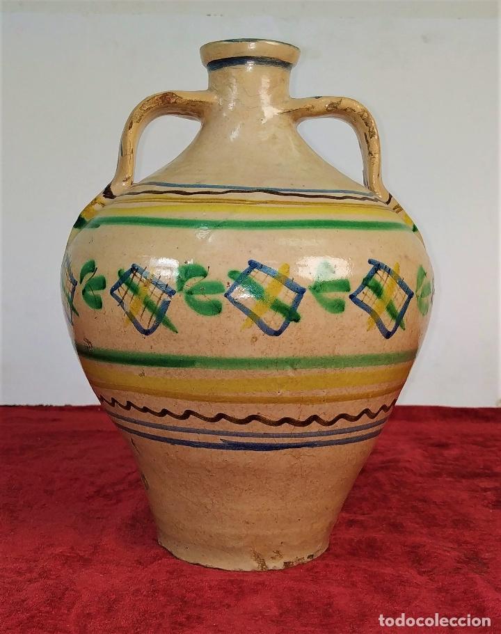 JARRÓN DE DOS ASAS. CERÁMICA ESMALTADA. CATALUNYA. FIN SIGLO XIX (Antigüedades - Porcelanas y Cerámicas - Catalana)