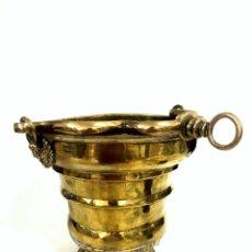 Antigüedades: GRAN ACETRE DE LATÓN - S. XVIII - BARROCO. Lote 176680149
