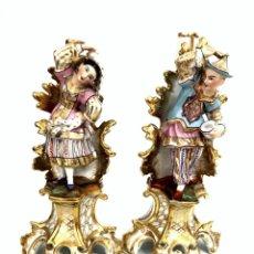 Antigüedades: PAREJA DE ACTORES EN PORCELANA VIEJO PARÍS - S. XIX . Lote 176681727