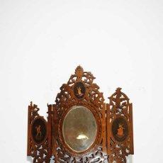 Antigüedades: ANTIGUO ESPEJO TRÍPTICO DE MADERA TALLADA. Lote 176719887