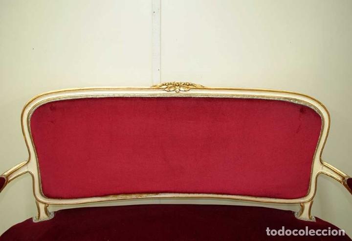 Antigüedades: SOFÁ ANTIGUO ESTILO ISABELINO MADERA TALLADA - Foto 2 - 176721478