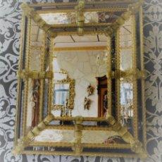 Antigüedades: ESPEJO VENECIANO CRISTAL DE MURANO.ESCENAS FLORALES. Lote 176729254