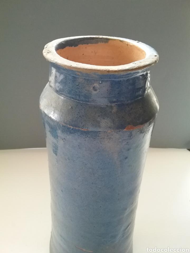 Antigüedades: Antiguo Albarelo o bote de Farmacia en cerámica esmaltada en azul. Teruel finales siglo XVIII. - Foto 2 - 176731699