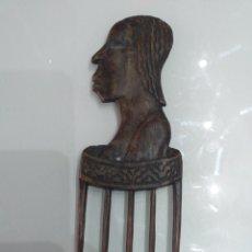 Antigüedades: PEINE DE MADERA ANTIGÜO. Lote 176763009