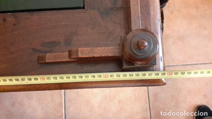Antigüedades: Fantástico escritorio / despacho castellano con cuero - Foto 4 - 176781442