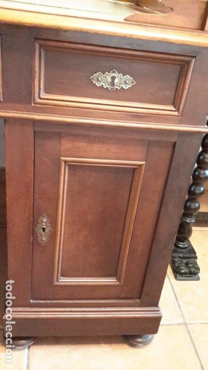 Antigüedades: Fantástico escritorio / despacho castellano con cuero - Foto 5 - 176781442