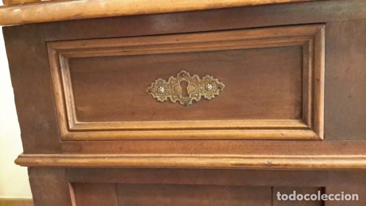 Antigüedades: Fantástico escritorio / despacho castellano con cuero - Foto 8 - 176781442