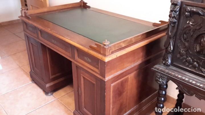 Antigüedades: Fantástico escritorio / despacho castellano con cuero - Foto 9 - 176781442
