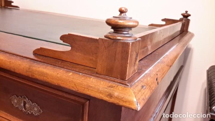 Antigüedades: Fantástico escritorio / despacho castellano con cuero - Foto 10 - 176781442
