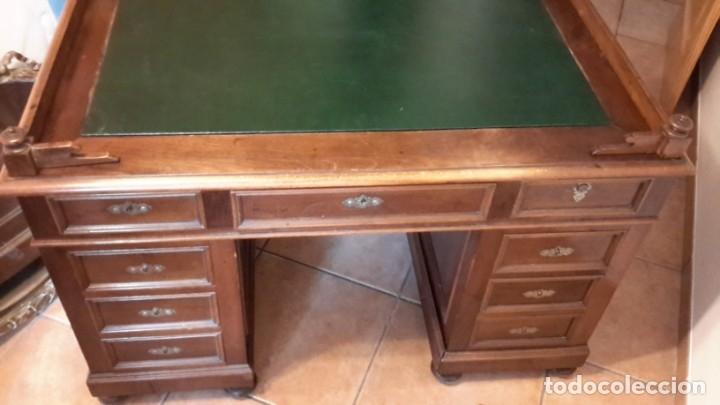 Antigüedades: Fantástico escritorio / despacho castellano con cuero - Foto 13 - 176781442